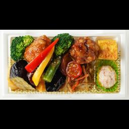 【当日10:45までのご注文/平日ランチのみ】ゴロゴロ野菜と鶏の黒酢餡かけ