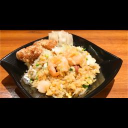 五目炒飯(油淋鶏・肉焼売付)