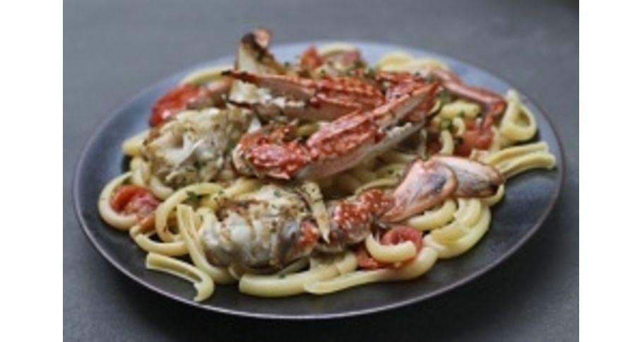 渡り蟹のフレッシュトマトソース ショートパスタ カラマレッテイ