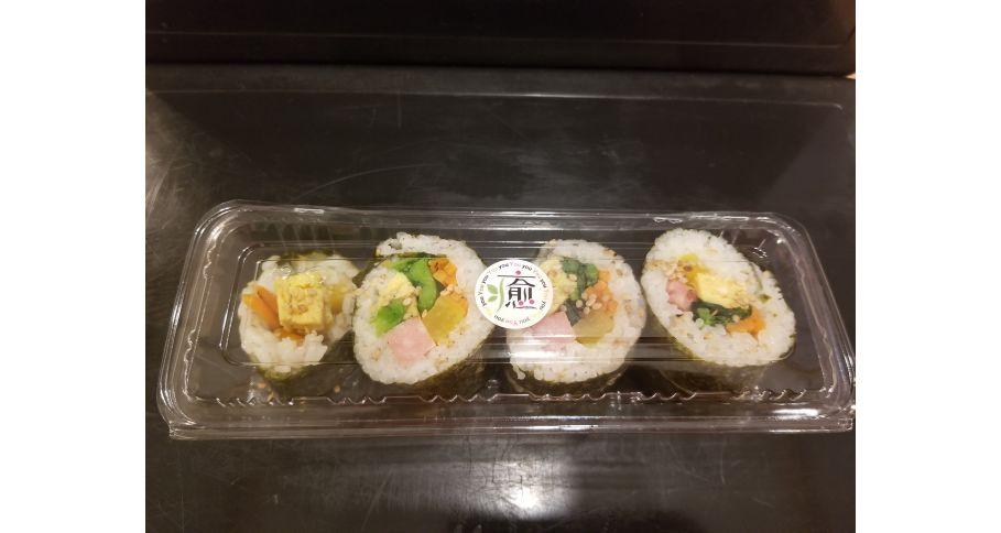 キムパプ(韓国風海苔巻き)
