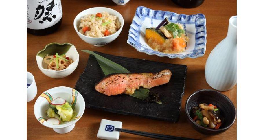 旬魚と野菜の煮おろし&焼き魚弁当