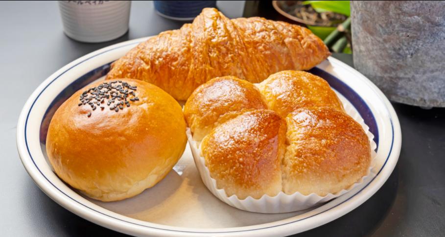 人気の菓子パン3個セット