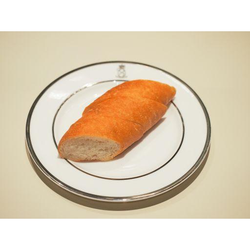 ディナーセット(豚肉のストゥファート、付け合わせ、パスタアルフォルノ、自家製パン)-3