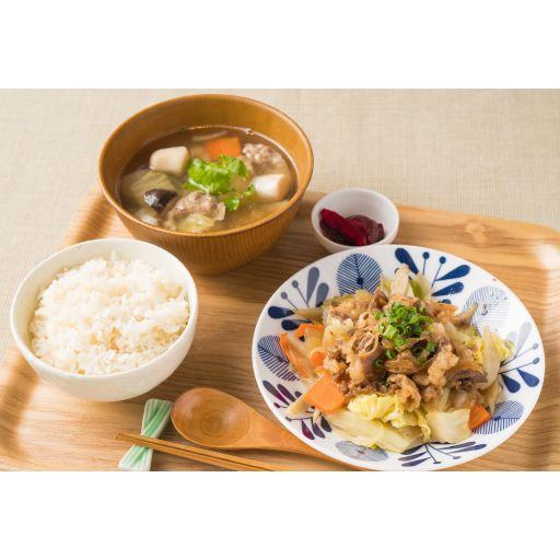 【東北膳】牛バラ焼きと芋煮汁-0