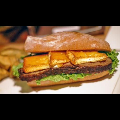 横浜燻製サンド(厚切り自家製ベーコンステーキ& 燻製ブリーチーズ)-0