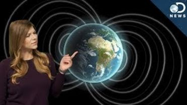 Earth - Magnetic Poles Reverse