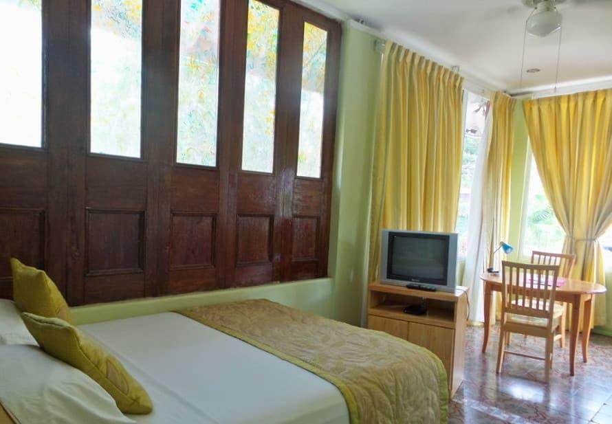 Heritage Inn's room