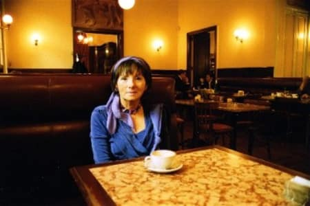 Herma Kennel im Cafe