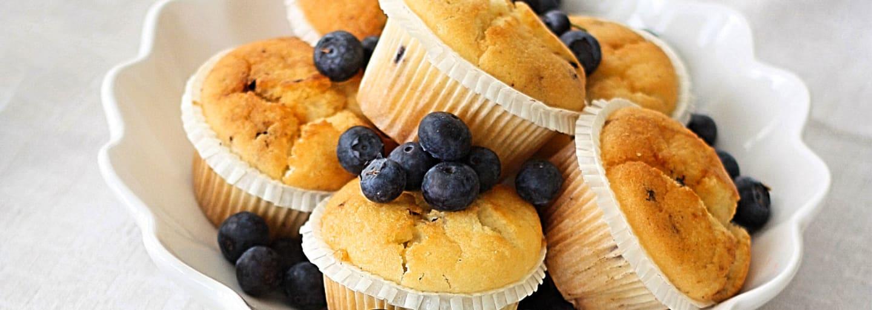 Glutenfria blåbärsmuffins, bakade med Semper mjölmix
