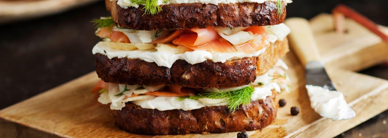Matig och glutenfri macka med lax & västerbottenost