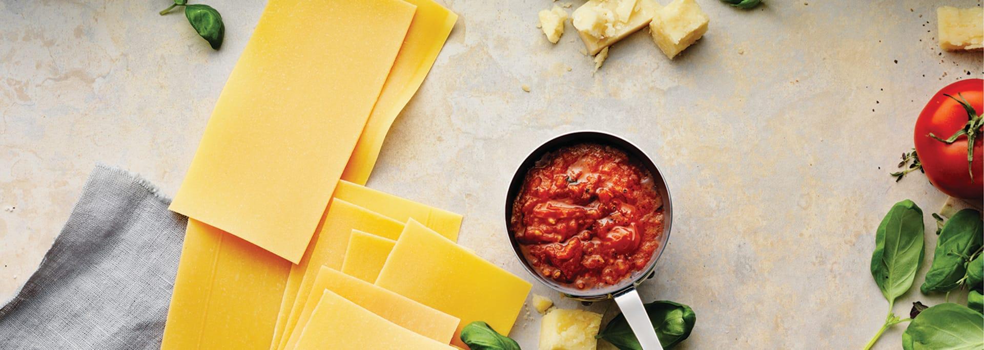 Laga glutenfri lasagne med Semper Lasagneplattor