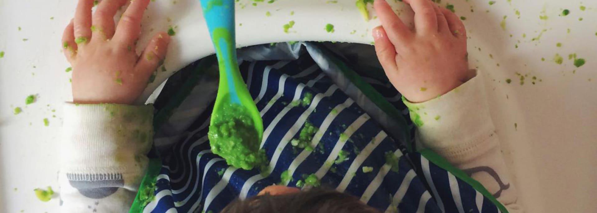 Eerste hapjes Hoe leer ik mijn baby eten met een lepeltje