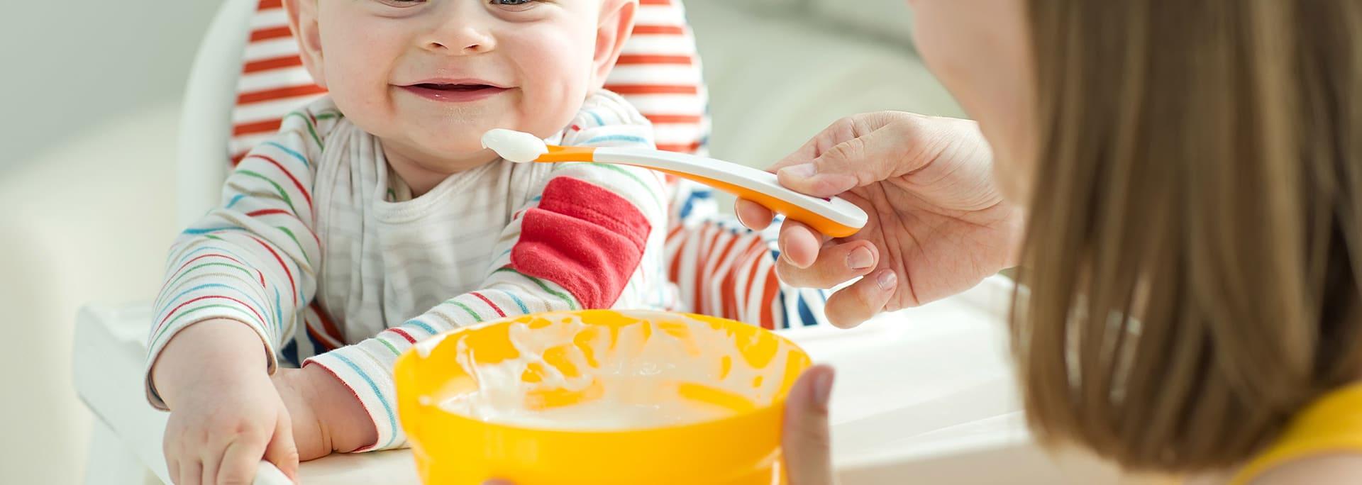 Come introdurre yogurt e formaggio nella dieta del tuo bambino