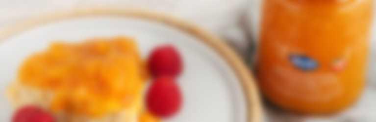 Bizcocho húmedo de yogur griego