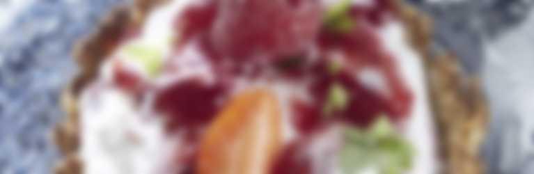 Tartellette di anacardi e confettura Hero Light alle fragole