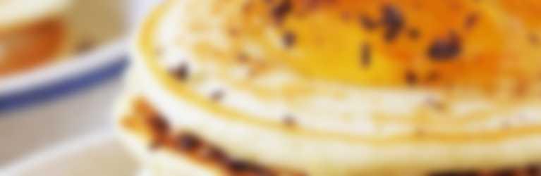 Torta pancake con marmellata Hero Light alle Arance Amare