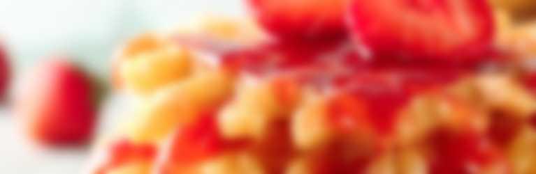 Waffle con confettura Hero Fruttissima alle Fragole