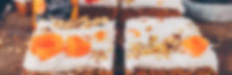Hero Rezept | Rüeblikuchen mit Aprikosenkonfitüre