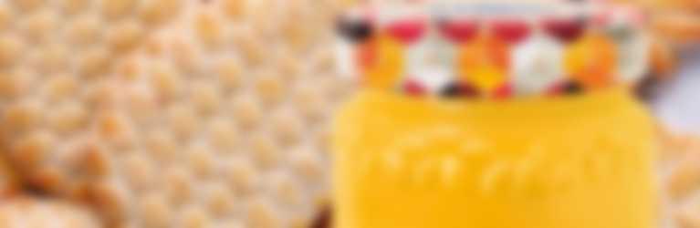 Biscotti senza glutine e confettura  Hero Ananas di stagione.