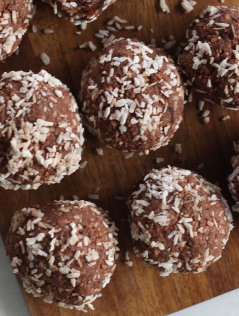 Glutenfria chokladbollar med kokos