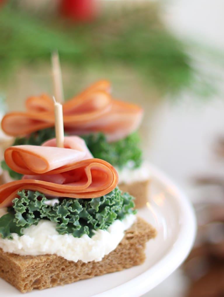 Glutenfri sandwich med skinke og sennep