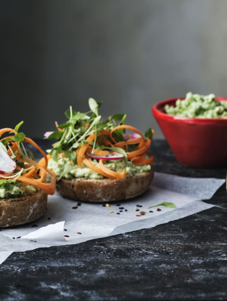 Glutenfri fetaost-edamame sandwich