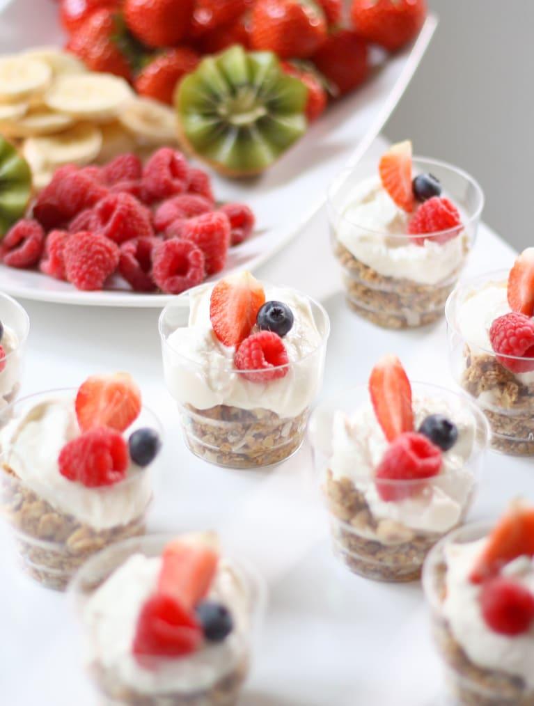 Glutenfri granola med yoghurtparfait