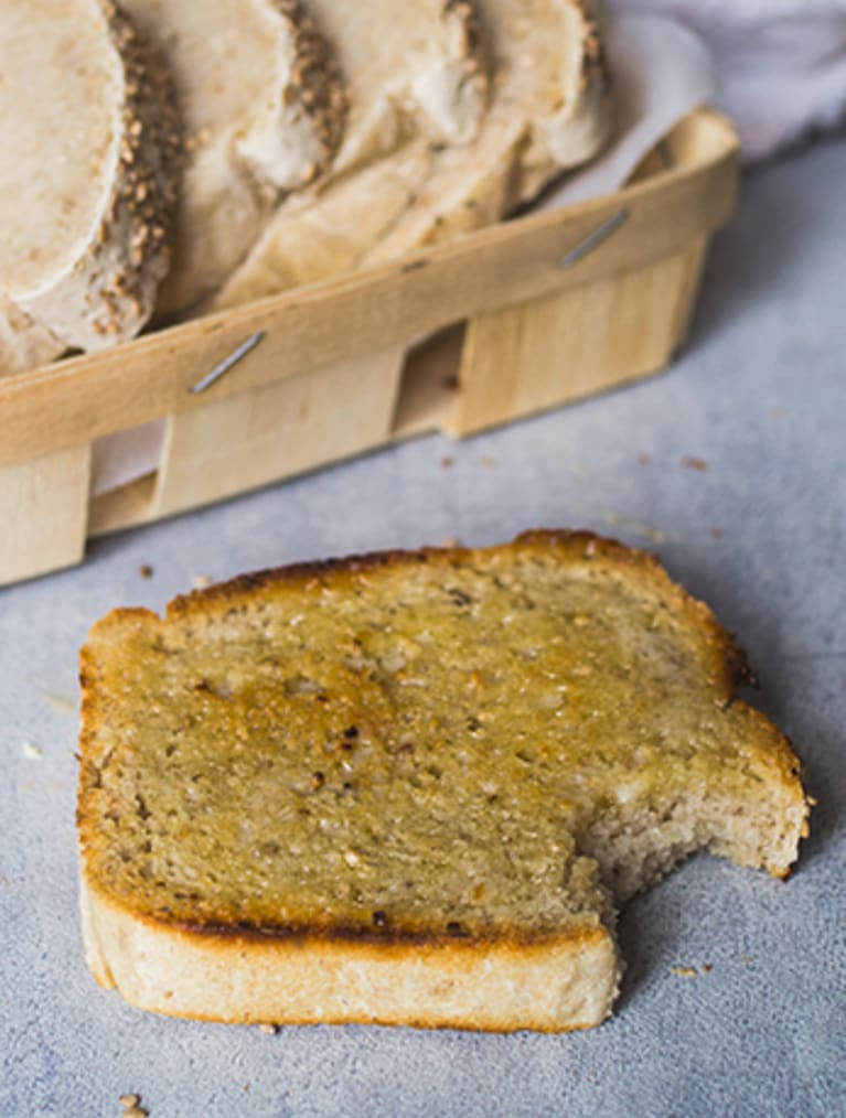 Glutenfri grovt sandwichbrød