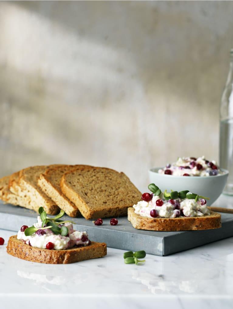 Glutenfri smörgås med fetaoströra