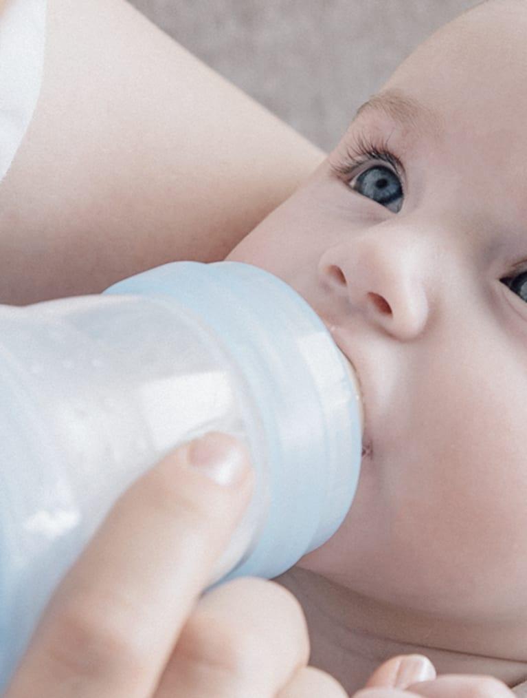 baby_mates_med_flaske
