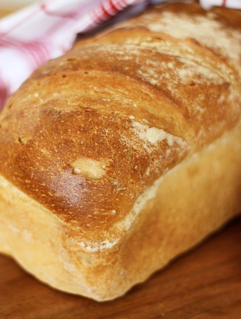 Opskrift på glutenfri Formbrød bag med en melmix fra Semper Glutenfri
