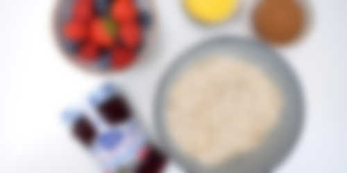 Crumble bars met bosvruchtenjam_ingredienten 2400x1200px.JPG