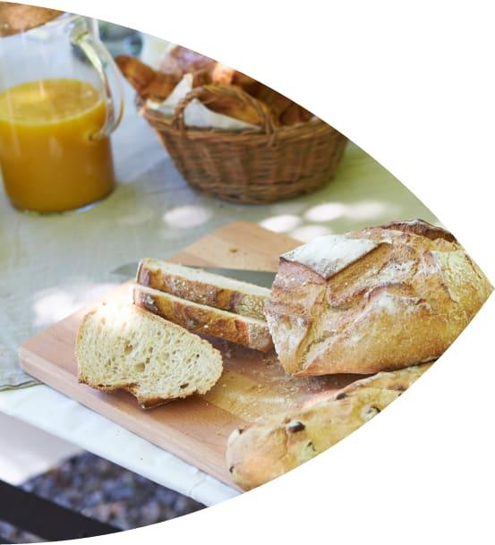 Mesa com pão