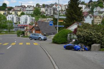 Herisau AR - Mit Motorrad verunfallt