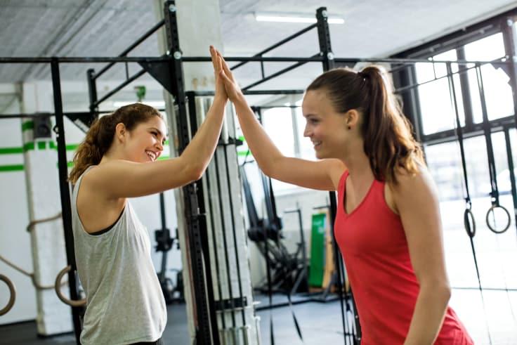 Ystävän kanssa treenaaminen tuo lisää motivaatiota.