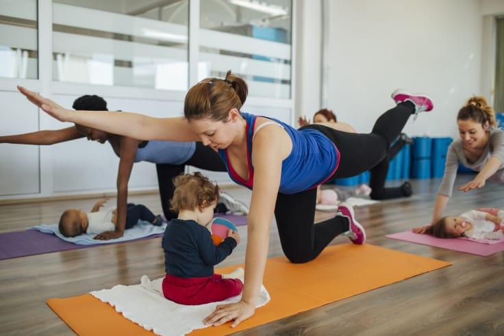 Tehokasta treeniä yhdessä vauvan kanssa Strong Mama -tunnilla