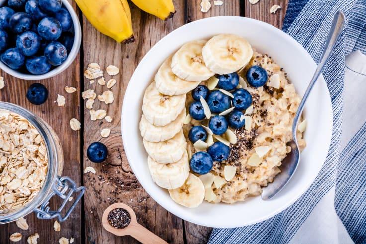 Sunn mat. Havregrøt, banan, blåbær