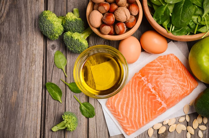 För att inte gå omkring hungrig när du ska gå ner i vikt gäller det att äta mat som mättar.