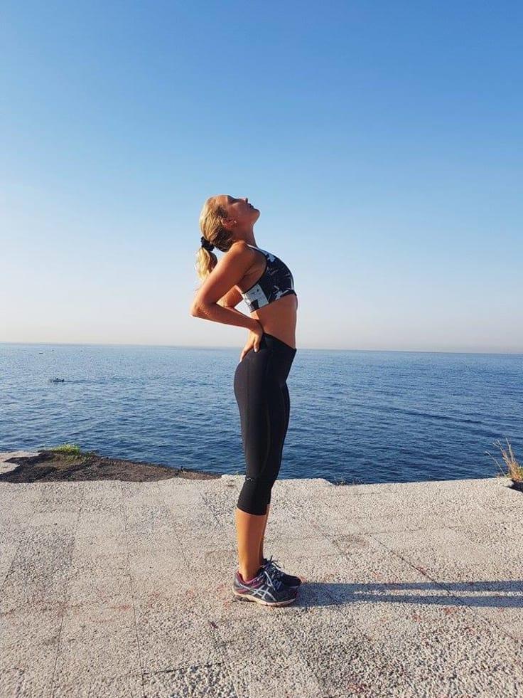 Vad du än väljer för yogaform kommer du garanterat vara mer nervarvad och  må bättre efter ett yogapass än före. 7a440bcac9f7e