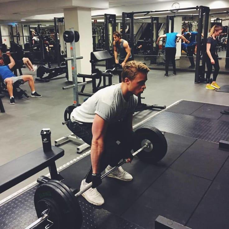 Idag tränar Fabian i princip varje dag och har lyckats bygga upp sin kropp till hur den var innan han fick cancerbeskedet.