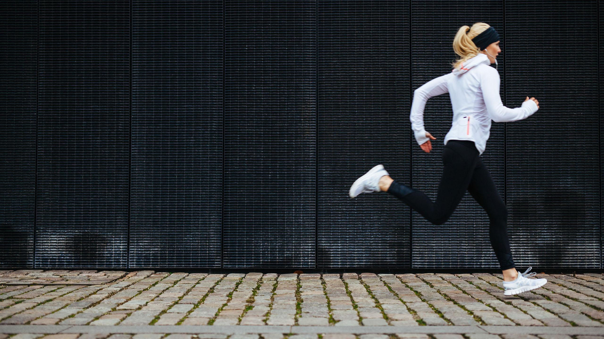 Kokeile: lyhyt ja tehokas juoksulenkki