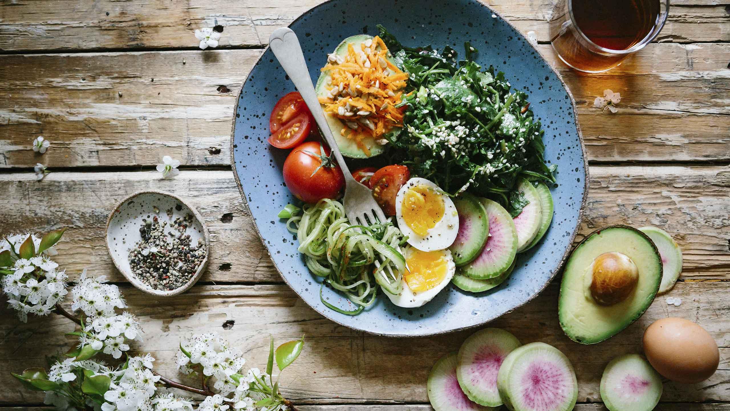 Pudota painoa ruokavalion ja kuntoilun avulla