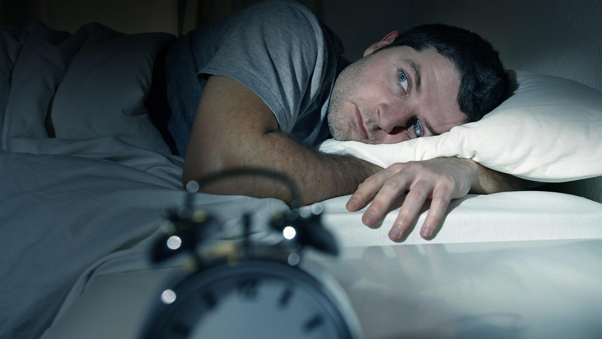 Søvnmangel fører til øget appetit og sukkertrang