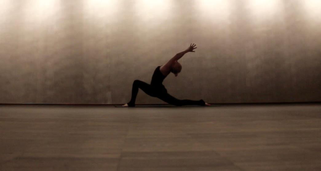 Løft mer i markløft med yoga