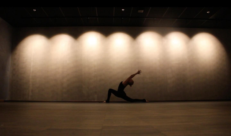 Bli kvitt hetetoktene med yoga