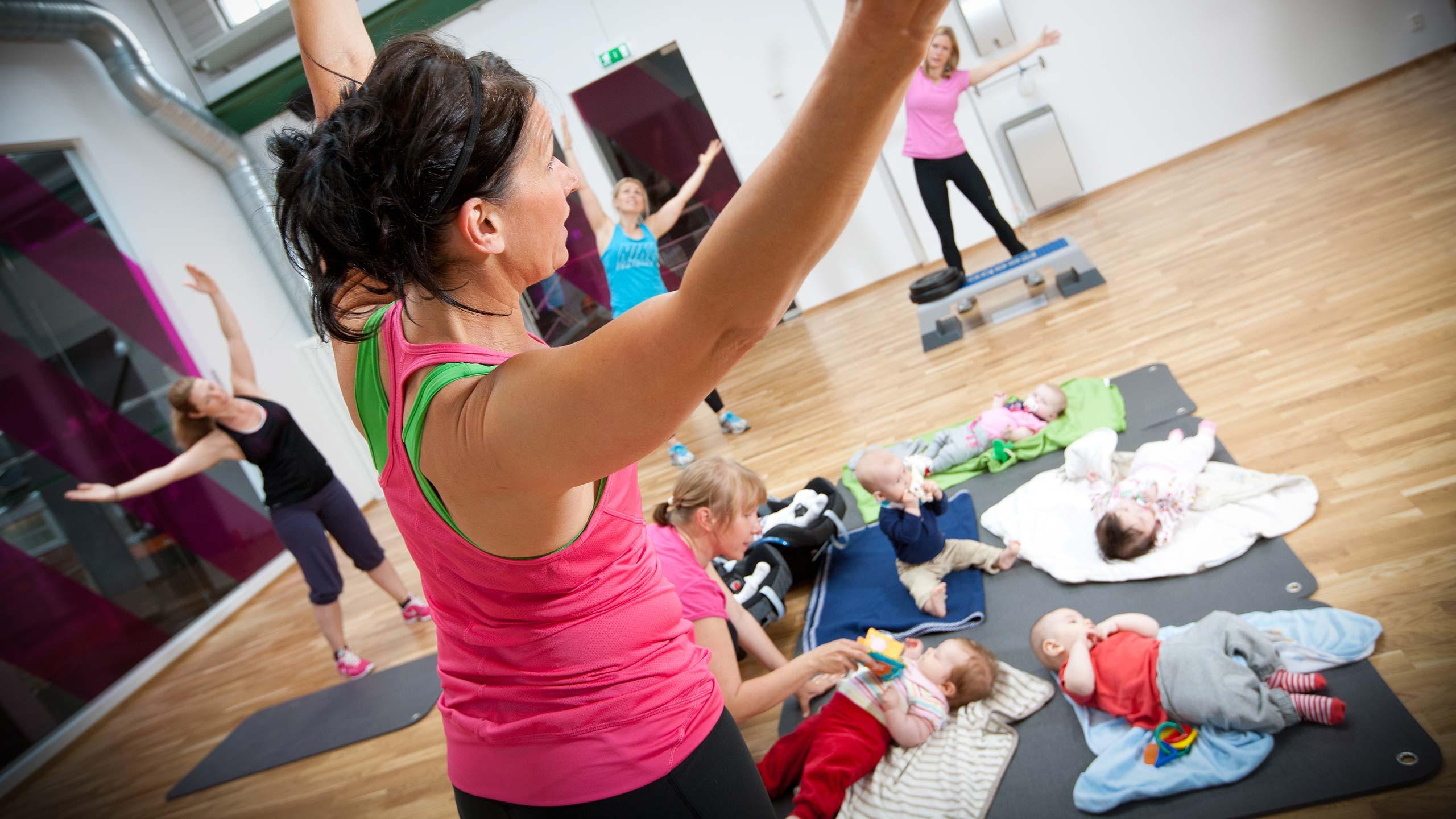 Når kan du trene styrketrening etter fødselen?