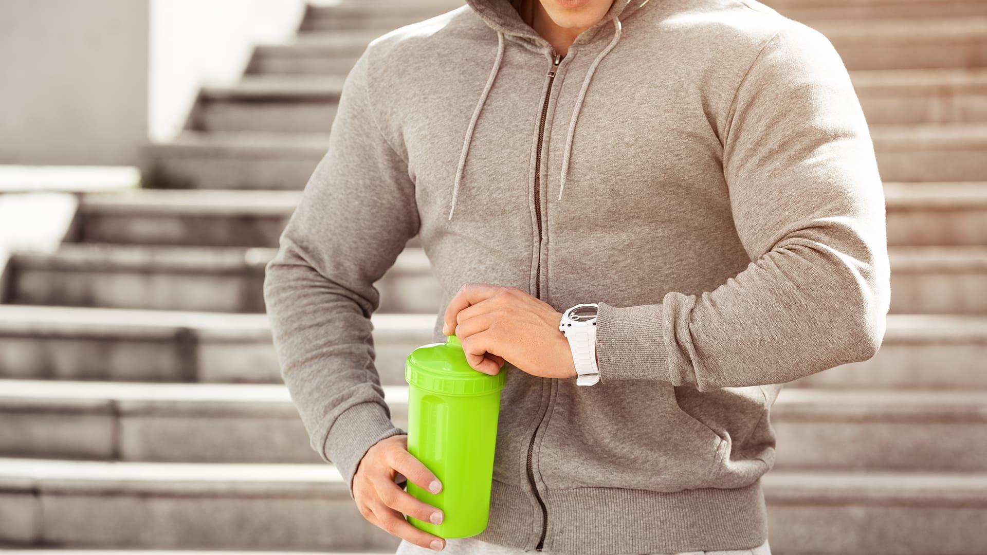 Timing för protein och kolhydrater – så optimerar du dina träningsresultat