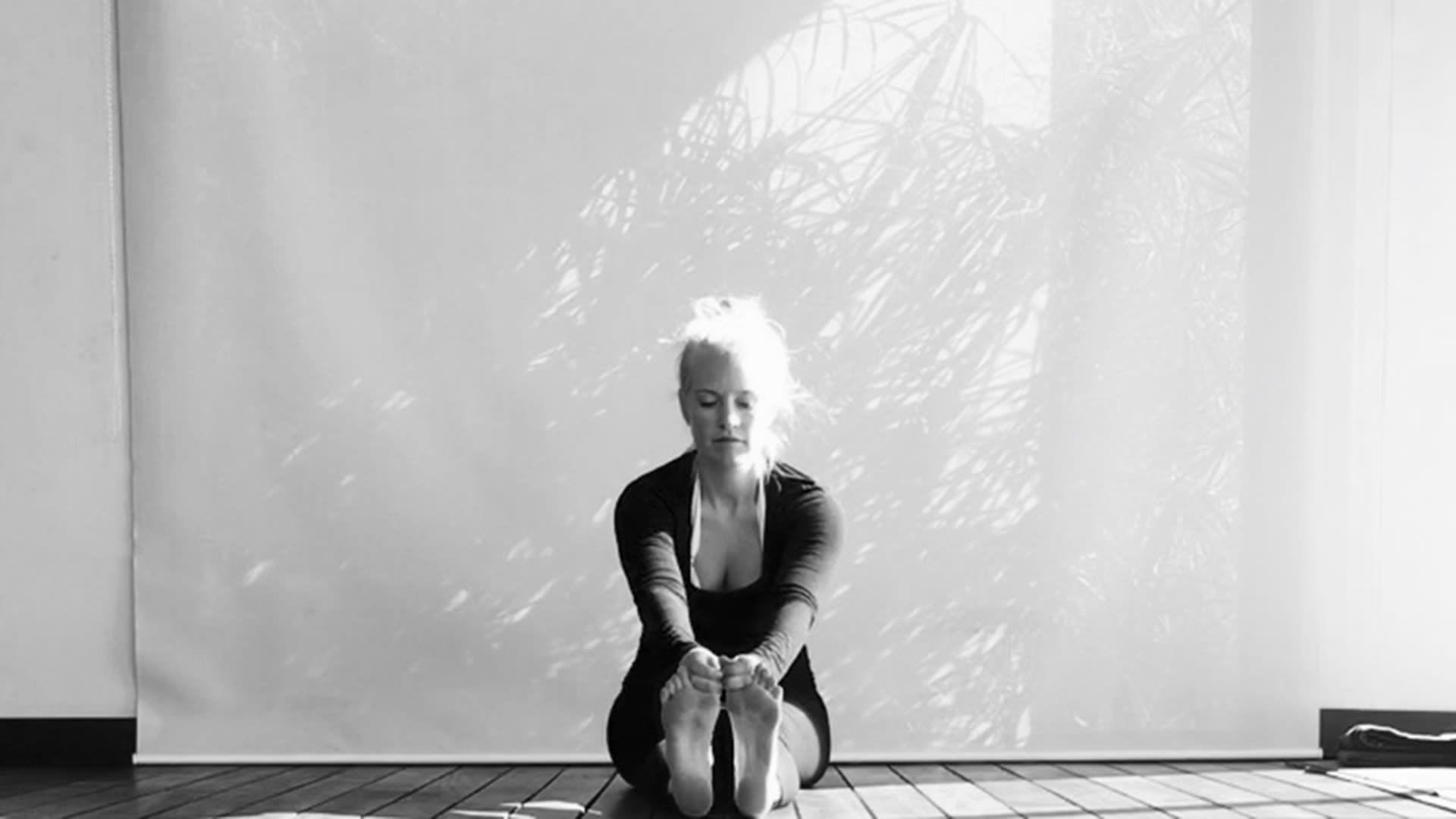 4 yogaövningar för en bättre rygg