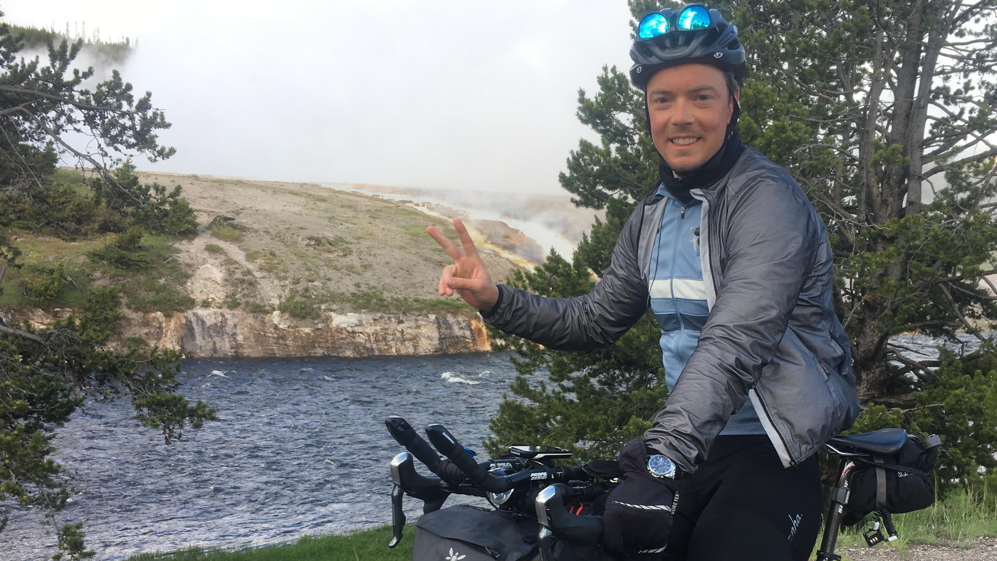 Anton Lindberg cyklade en Vätternrunda om dagen i 22 dagar – Trans Am Bike Race, inget för veklingar!
