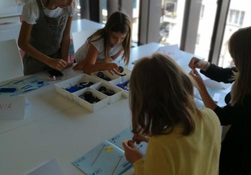 E dan: LEGO Robotics workshop